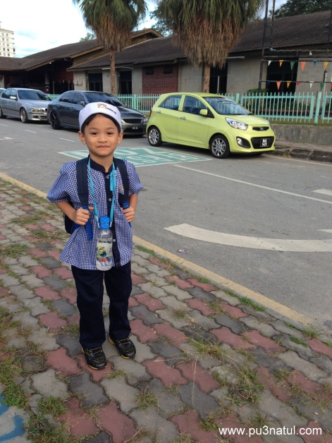 Sorry son if I embarrased you to pose by the road side. All mommies are like that.